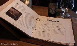 Menyen hadde også informative tekster om whisky.