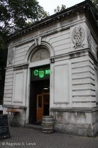 The Cider Tap, rett utenfor Euston Station. Tiny bar, vel verdt et besøk.
