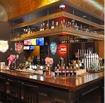 Ene hjørnet av baren til Beerhouse #1 (Bildet hentet fra stedet nettside).